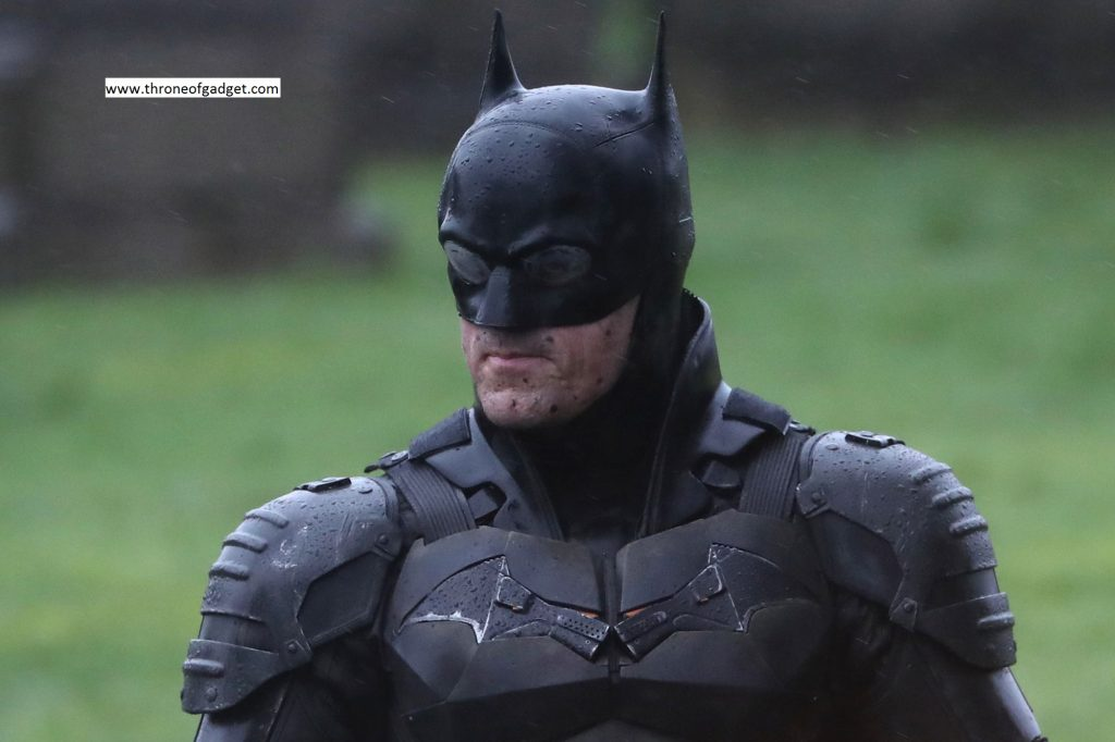 Robert Pattinson in New Batman Movie - Leaked pictures and details